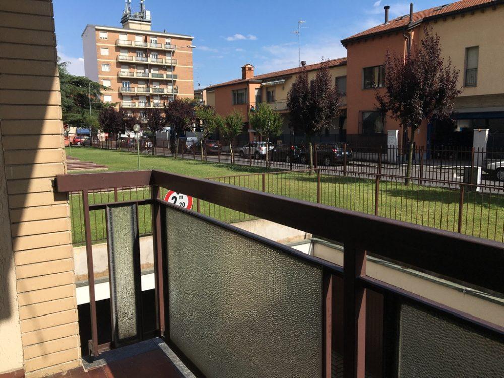 9-t304-balcone1