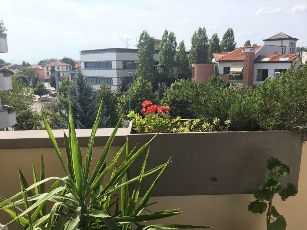 11-t307-vista-balcone