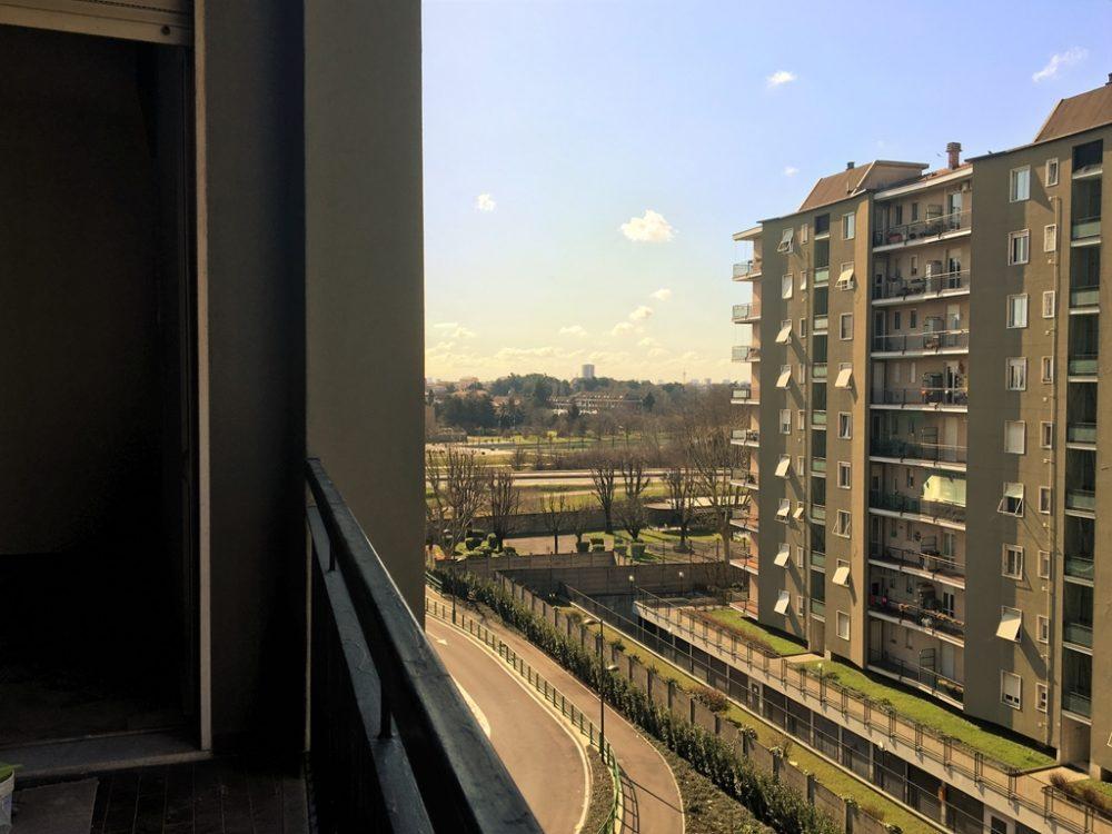 6-a328-balcone2