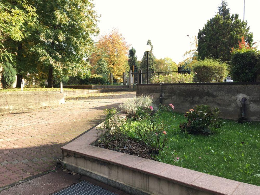 15-t309-giardino-condominiale1