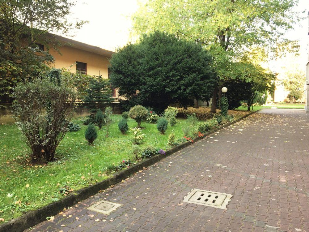 16-t309-giardino-condominiale2
