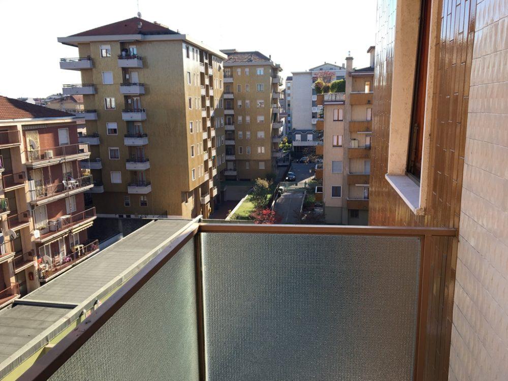10-t315-vista-balcone1