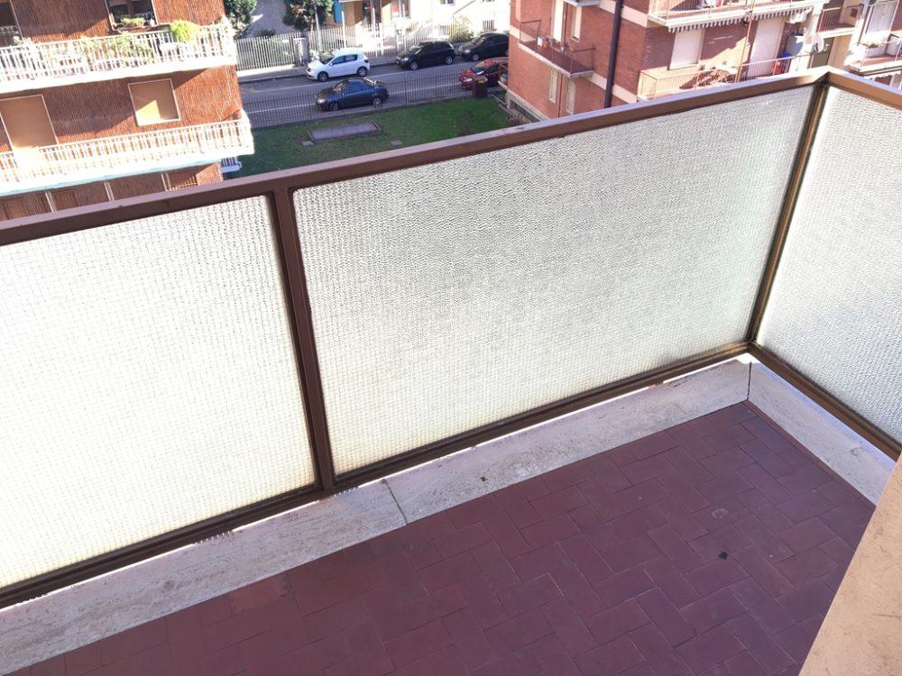 9-t315-balcone1