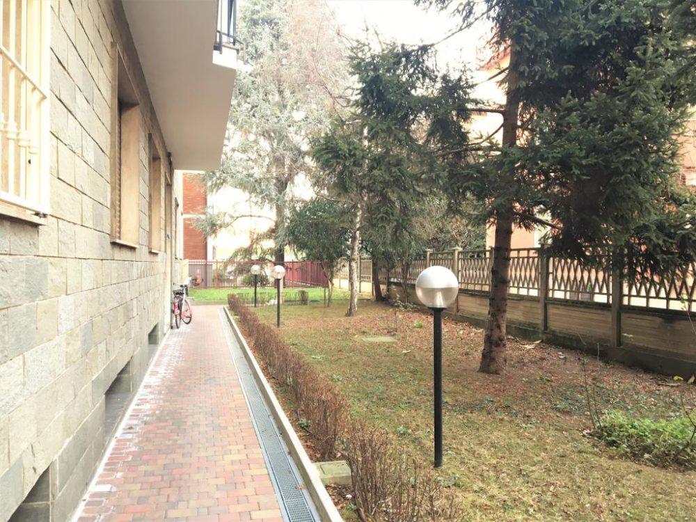 10-b335-giardino-condominiale