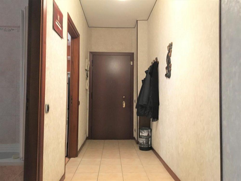 5-b335-corridoio1