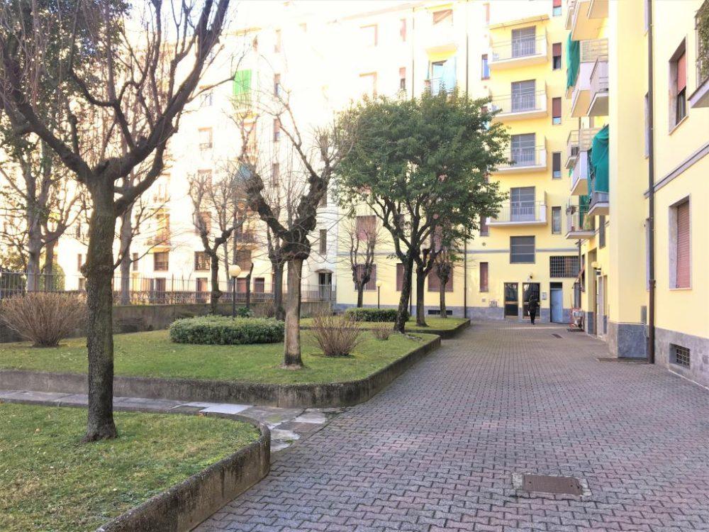 10-b337-giardino-condominiale2