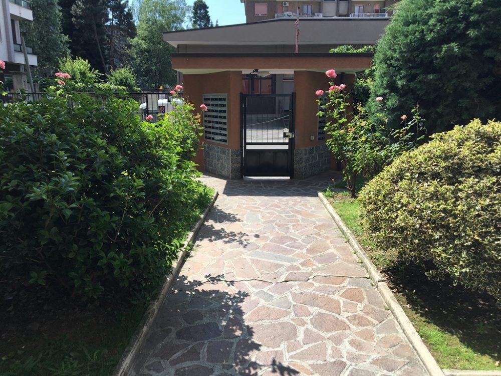 10-b343-giardino-condominiale1