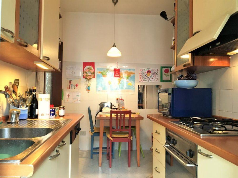 4-b343-cucina2