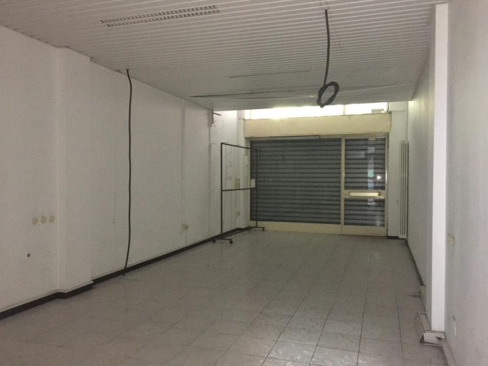 10-d102-c-negozio2